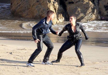 Gina-Carano-Ewan-McGregor-Haywire-15.jpg