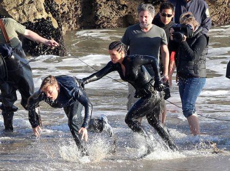 Gina-Carano-Ewan-McGregor-Haywire-17.jpg